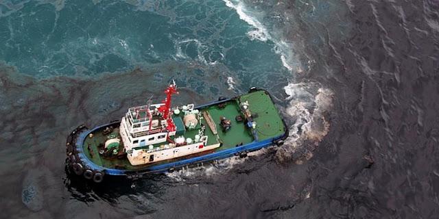 Tim gabungan bergerak tangani pencemaran laut di Kepulauan Seribu