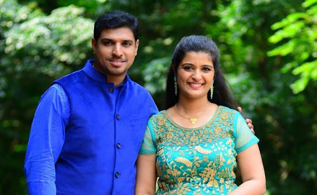 Shalu Kurian and Melvin Philip Following their engagement function