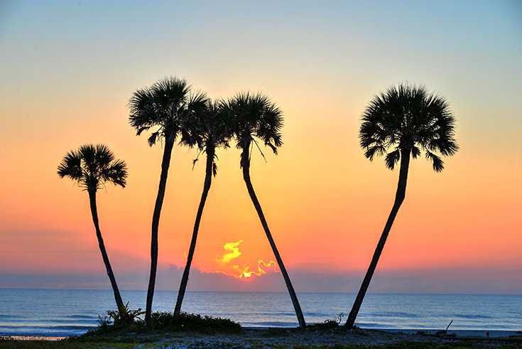Ready to take a vacation? Find out why Daytona Beach is the perfect place for a weekday getaway! #WeekdayGetaways