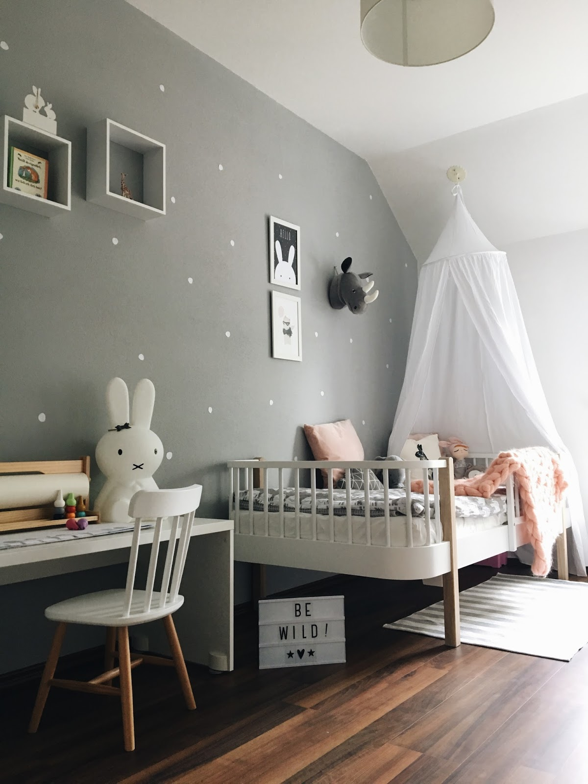 sonjas picturebook interior update ein neues kinderbett. Black Bedroom Furniture Sets. Home Design Ideas