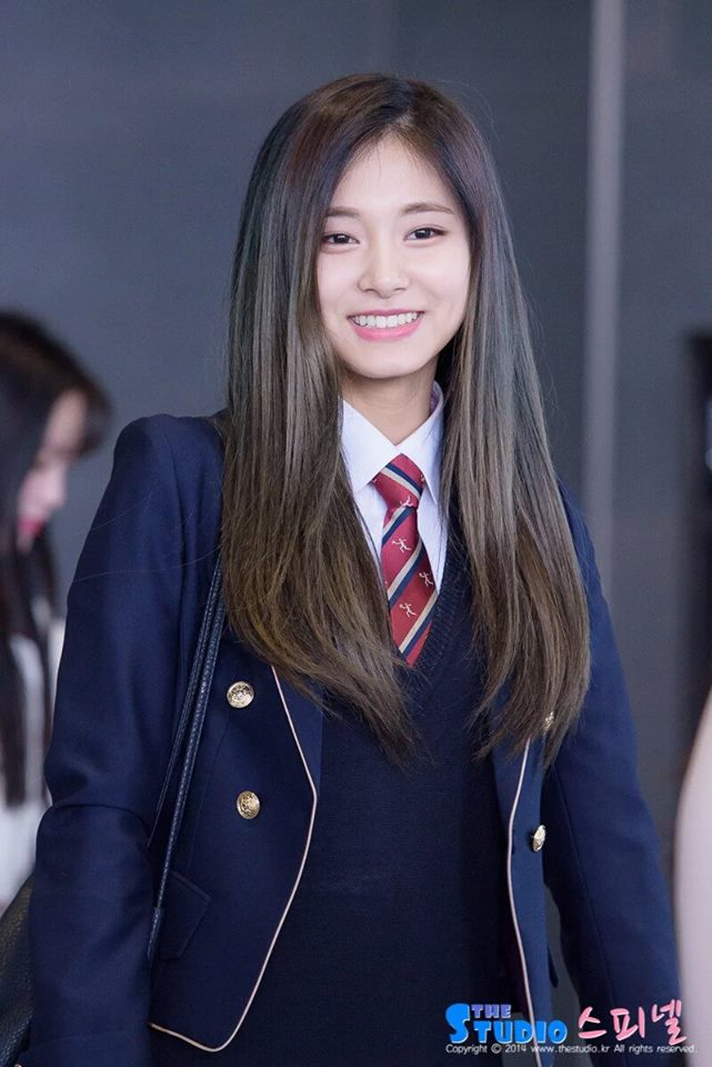 Tzuyu Shines In School Uniform Daily K Pop News