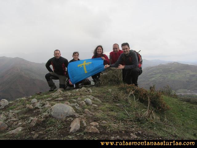 Ruta Olloniego Escobín: Cima del pico la Boa