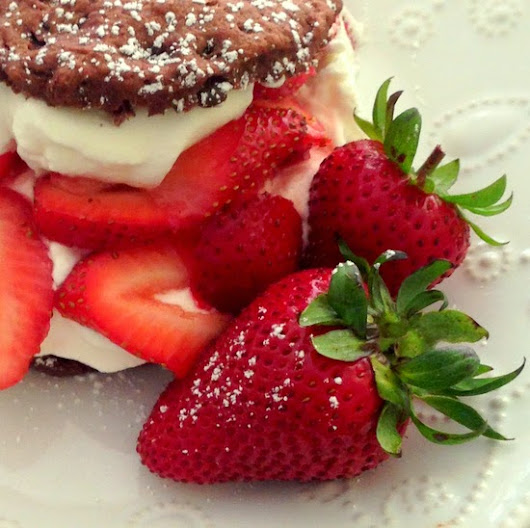 Double Chocolate Strawberry Shortcake #Driscollsberry