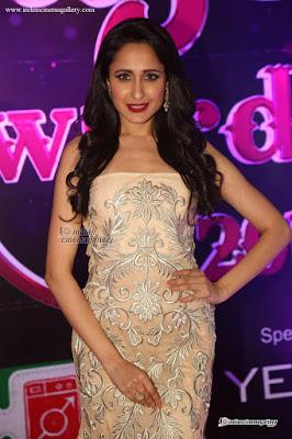 Pragya Jaiswal long curly hairstyle