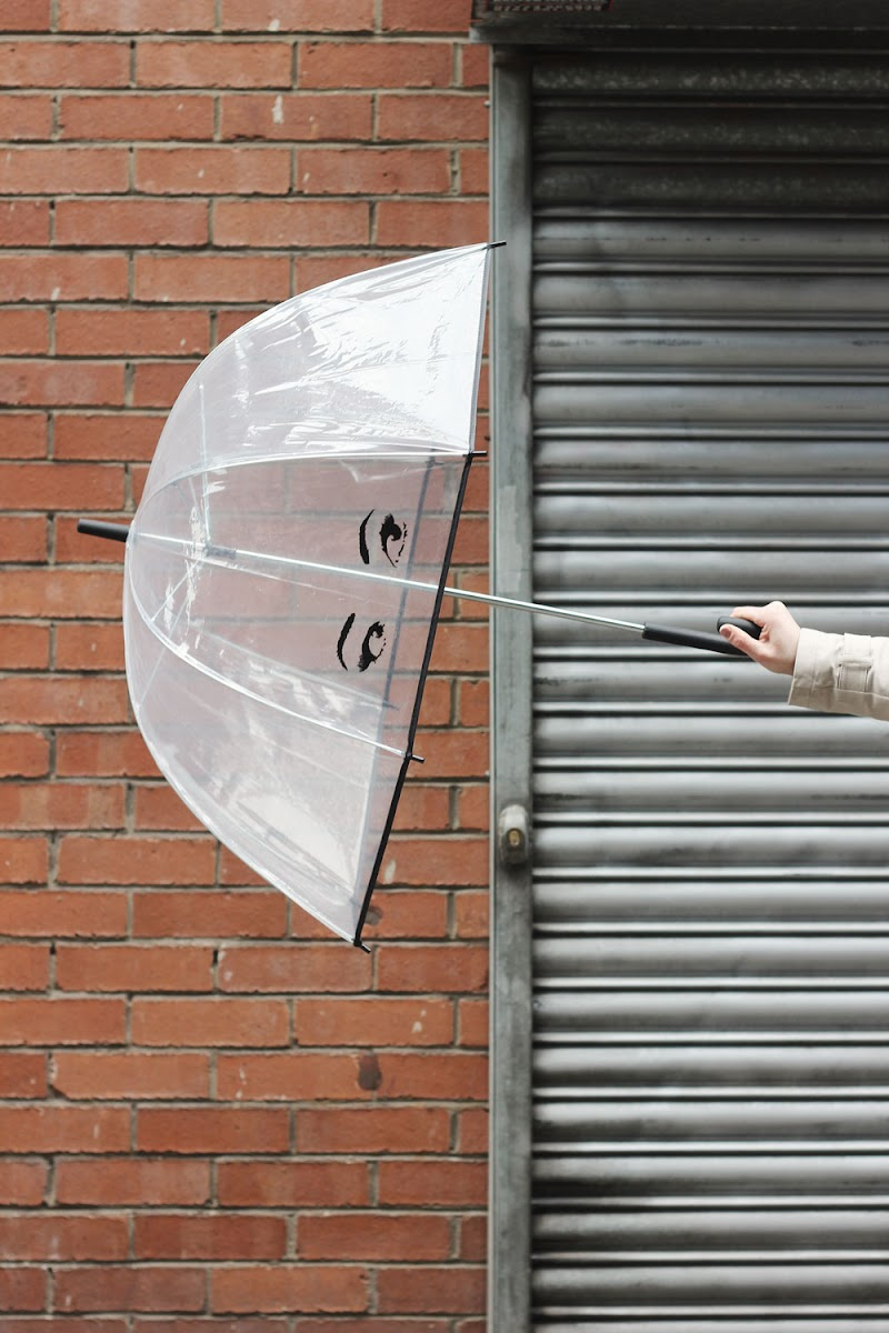 Kate Spade clear umbrella from Rooi | It's Cohen Blog