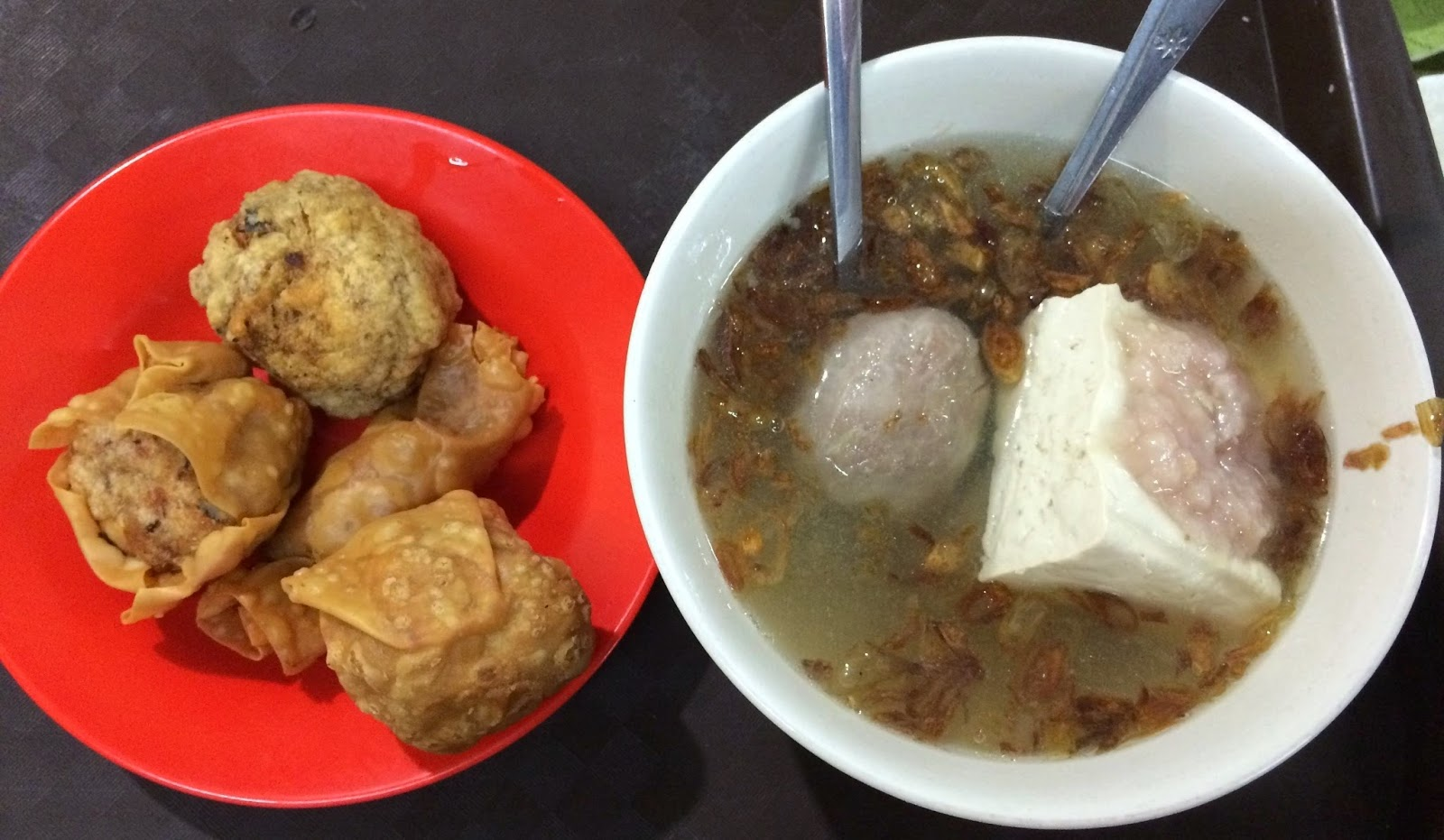 Inspirasikukeni Jauh Jauh Makan Bakso Bakwan Malang Cak Su Kumis Di Rawamangun