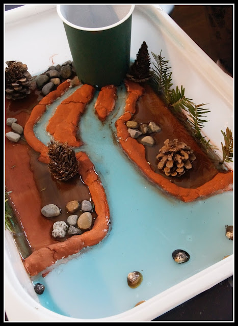 cours d'eau façon montessori