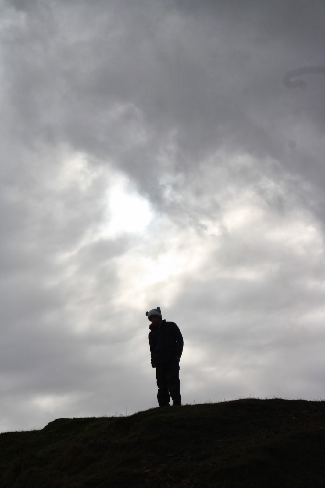 Silent-Sunday-son-sky-stormy
