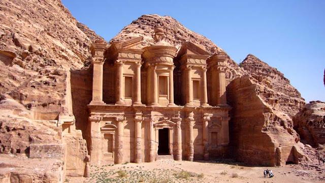Petra Jordan : - world heritage site