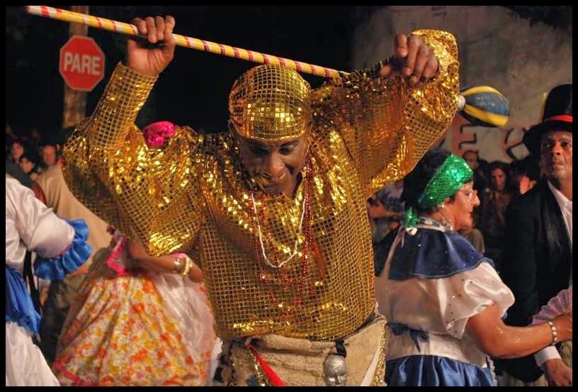 Carnaval. Desfile de Llamadas. Montevideo.La Cuerdas de Ejido. 2010.