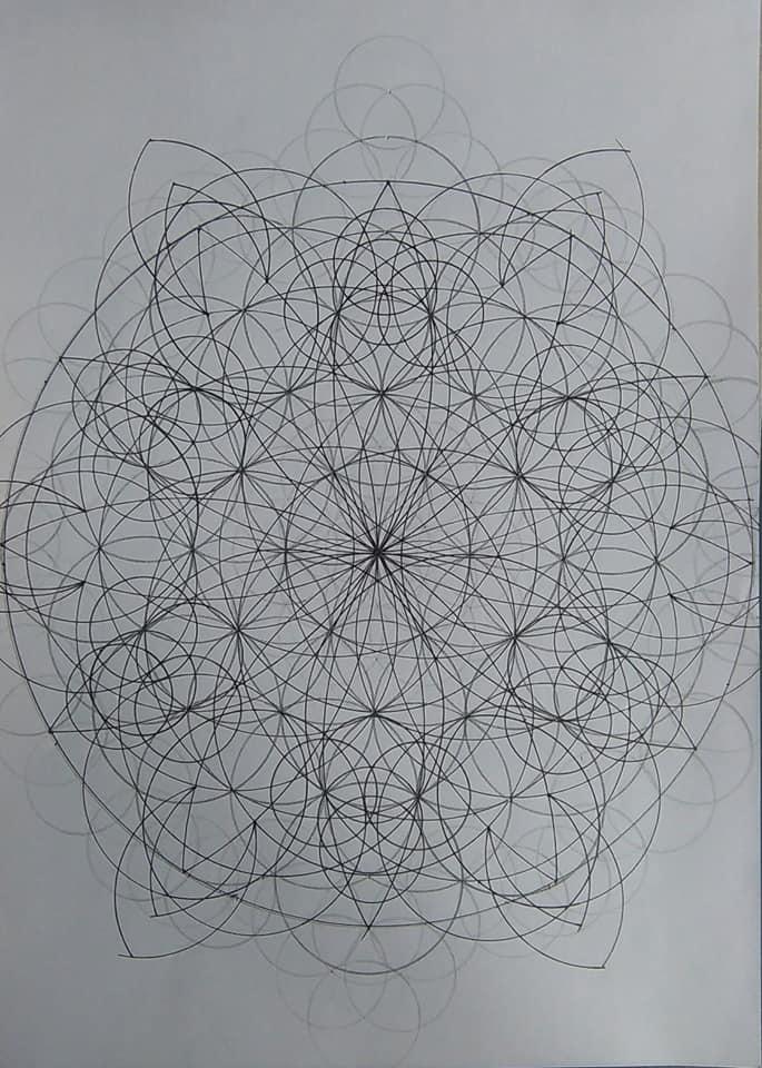 [SPOLYK] - Geometries & sketches - Page 6 47314921_1100014476851902_1818117144534056960_n