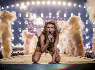 Taylor Swift, Taylor Swift superbowl, Taylor Swift pre super bowl