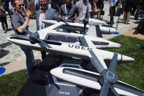 """""""أوبر"""" تختبر سيارات الأجرة الجوية عام 2020"""
