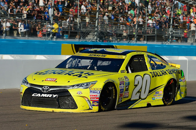 The No. 20 car of Matt Kenseth at Phoenix Nov. 2016