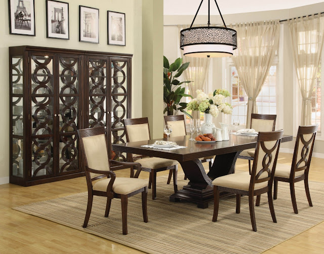This Recommendations for Decorating a Dining Room Wall