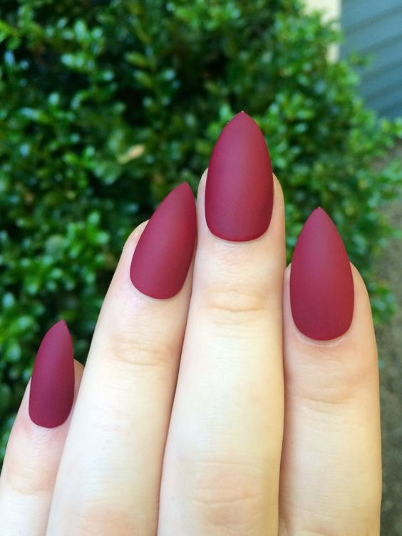 beauty red matte nails