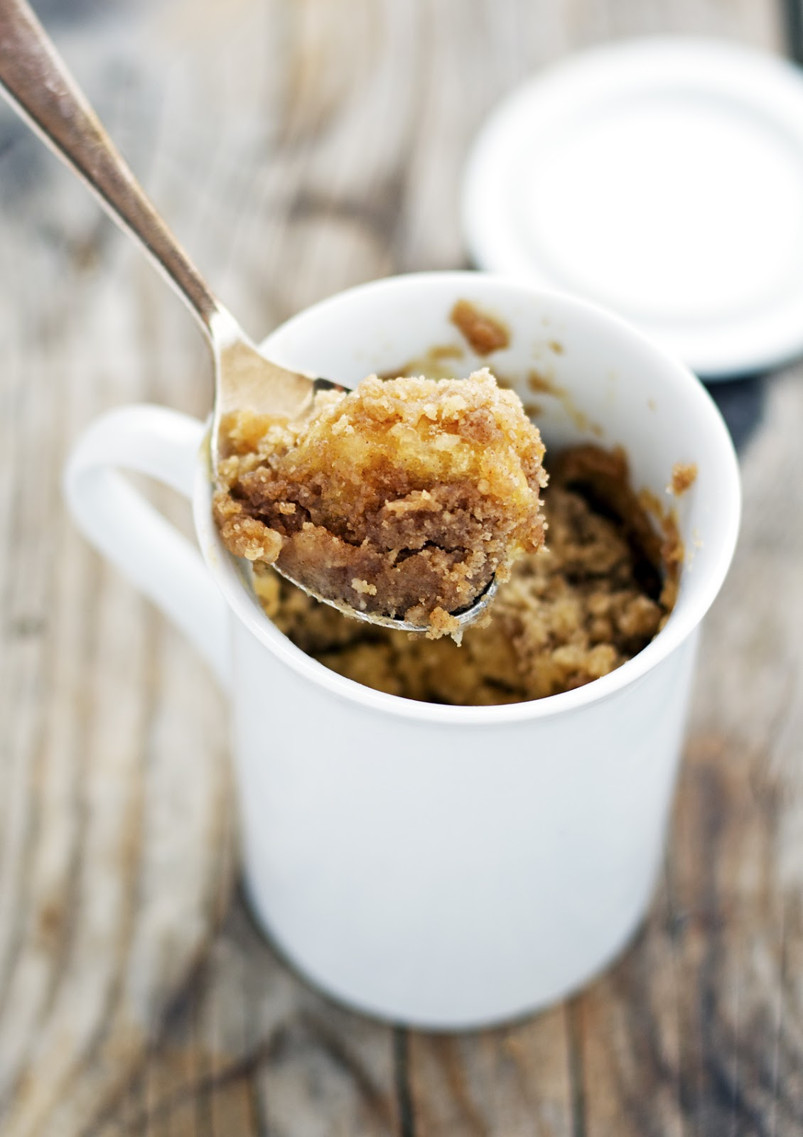 (5-Minute) Cinnamon Streusel Coffeecake in a Mug
