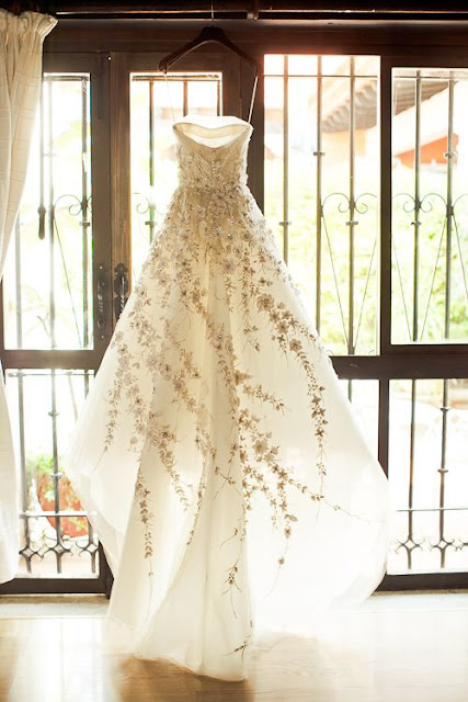 http://www.oncewed.com/used-wedding-dresses/winterhalter-3/