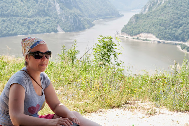 Pauza la Cazanele Dunarii (vedere dinspre Serbia)