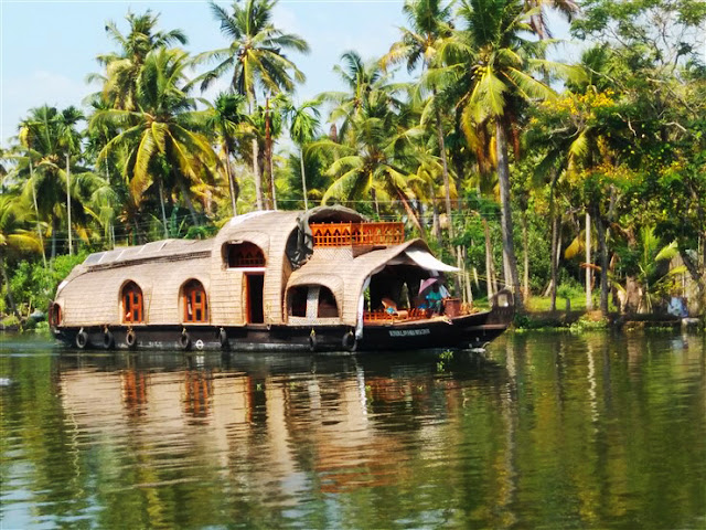 houseboat allepy kerala travel blog