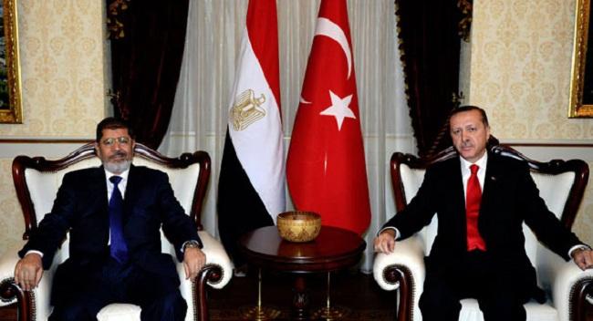 Presiden Turki Recep Tayyip Erdogan mengatakan Mesir harus membebaskan Presiden Mohamed Morsi agar hubungan kedua negara membaik