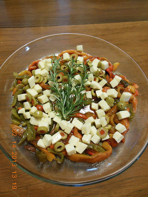 Roasted Pepper Salad with Mozzarella Cheese
