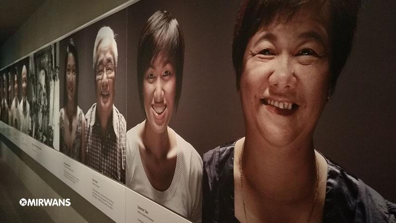 Crying Woman in Peranakan Museum of Singapore, peranakan museum parking rates, peranakan singapore, peranakan museum guided tour, museum singapore, peranakan museum review, singapore art museum, singapore philatelic museum, peranakan food