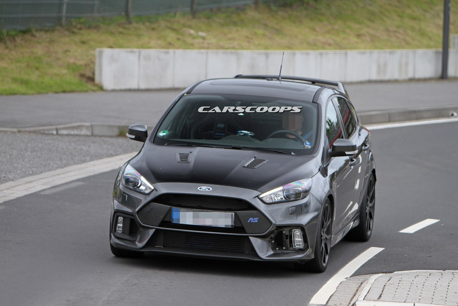 here s evidence that ford is working on hotter focus rs500. Black Bedroom Furniture Sets. Home Design Ideas