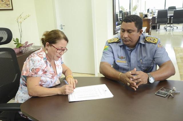 TJAC doa 250 kg de pólvora à Polícia Militar do Estado do Acre