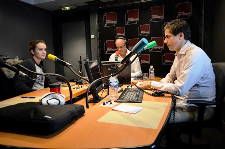 Jurnalistik Radio: Pengertian dan Sejarah