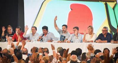 El clima del congreso del pj bonaerense con tres videos caseros