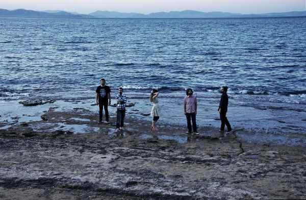 "PLAYGROUND THEORY: Δείτε το νέο τους video για το κομμάτι ""Little Things"""
