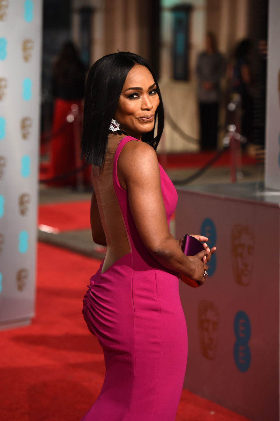 Angela Bassett Gives An Empowering Speech As She Accepts The Icon Award | Black Girls Rock 2019
