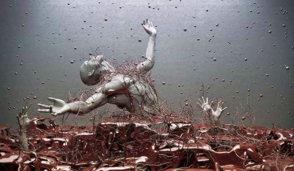 escultura de adam martinakis