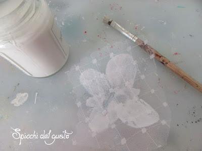 riciclo tulle bomboniere per farfalla creativa