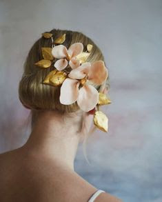 K'Mich Weddings - wedding planning - bridal headpieces - floral ceramic bridal headpiece - pinterest