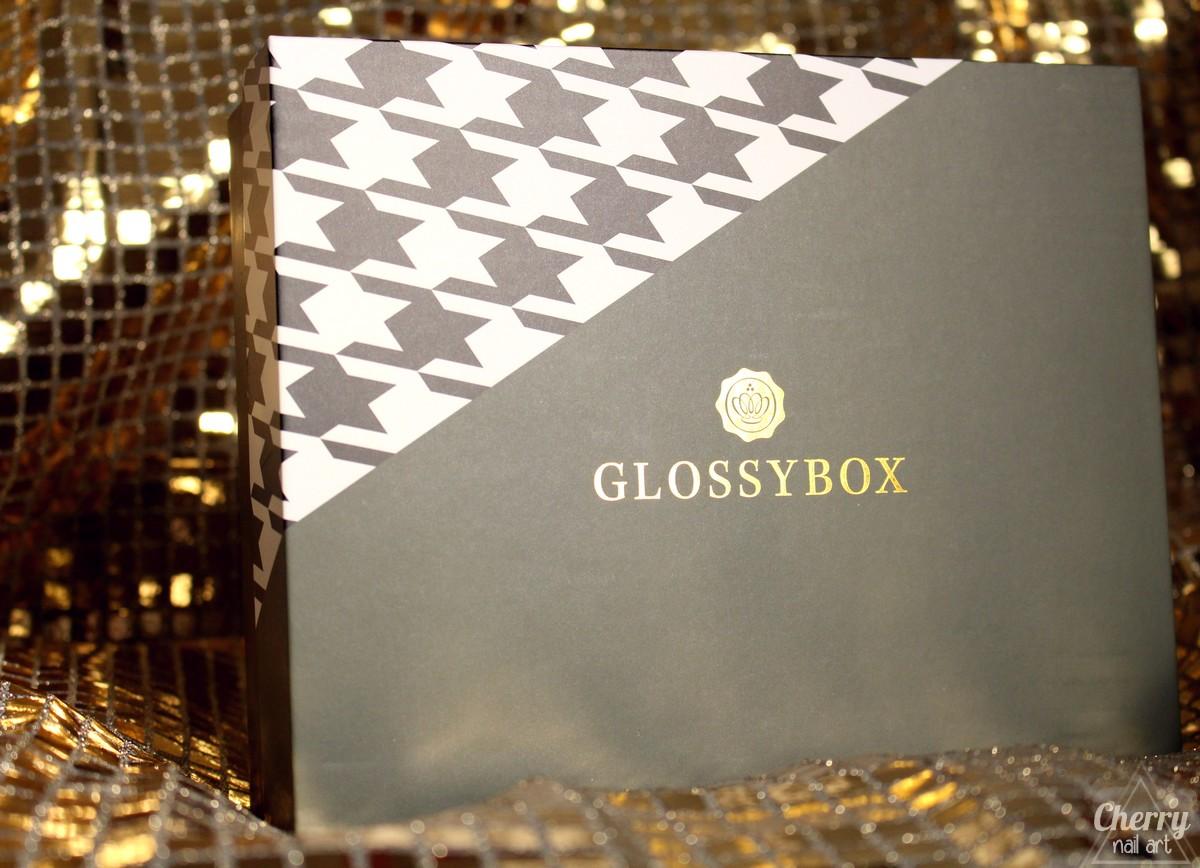 glossybox-novembre-2016-belle-de-la-tete-aux-pieds-jonak
