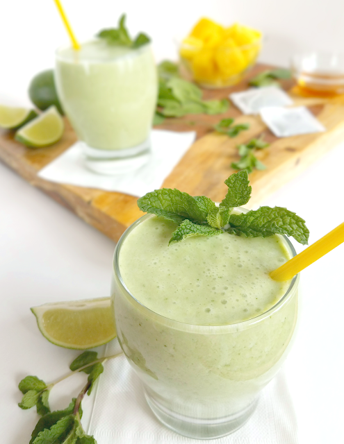 This smoothie is delicious and refreshing, but it's also super nutritious and contains ingredients that may help soothe allergy symptoms! Gluten-free, dairy-free, nut-free, vegan, paleo and primal.