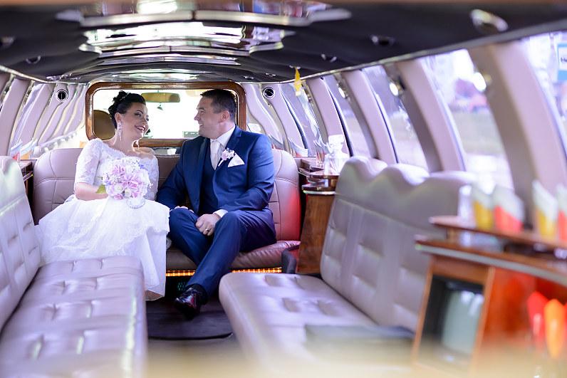 vestuvinis limuzinas