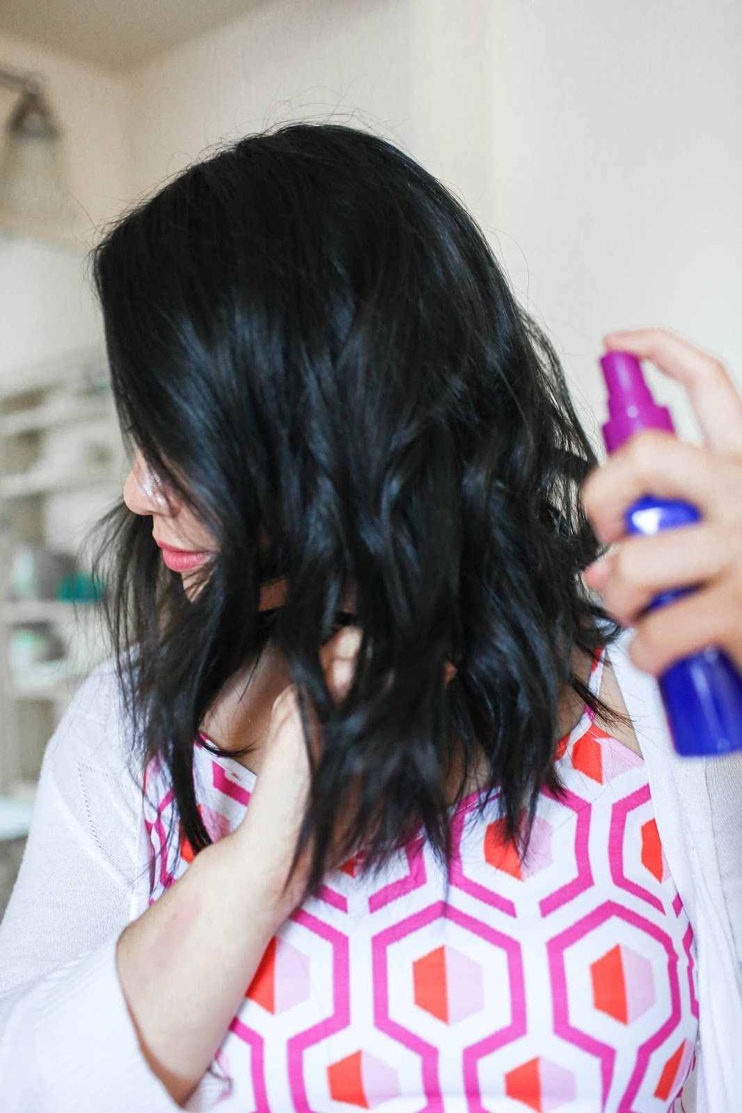 How To Get Beachy Waves On Medium Length Hair The Bella Insider