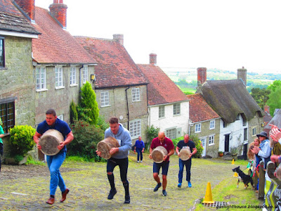 gaslighthouse.blogspot.com Shaftesbury Cheese Race 2017