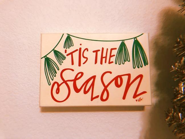Last Minute Christmas Decor You Need