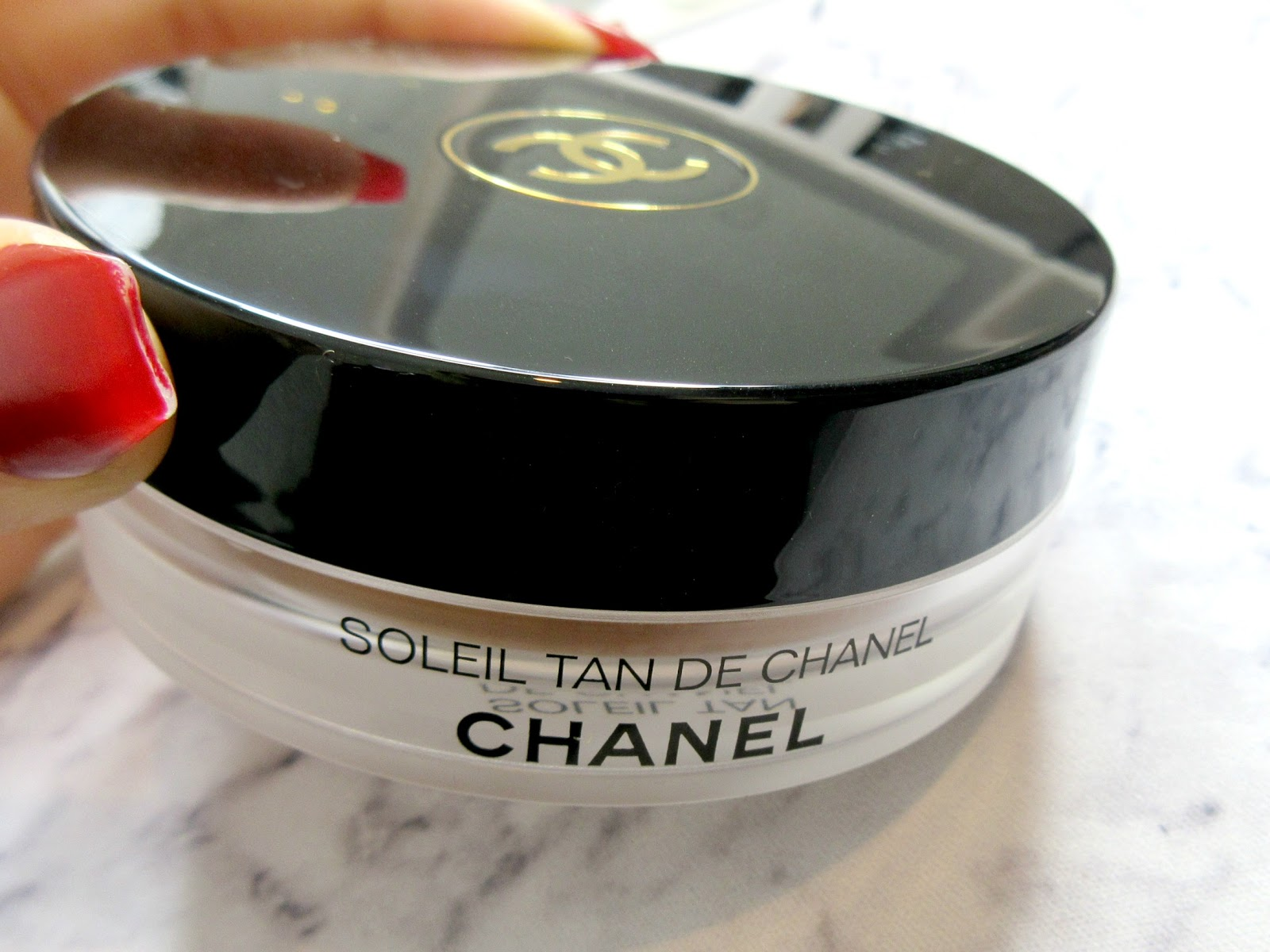 3bc71df67009 Ever since I got myself into this beauty blogging world, the famous Chanel  Soleil Tan De Chanel has been at the top of my ultimate beauty wishlist, ...