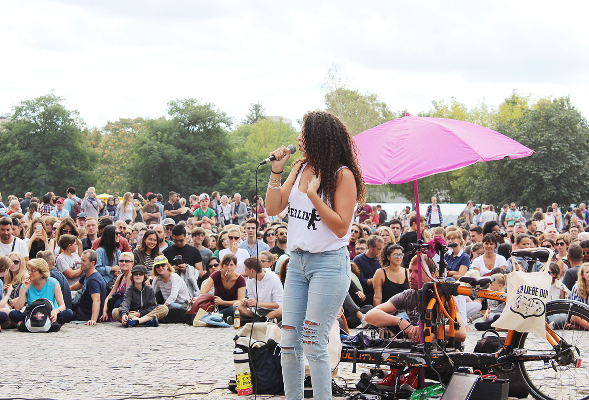 Karaoke at the Mauerpark on sunday