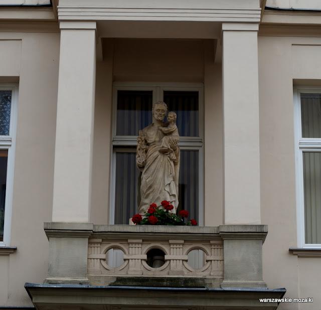 Warszawa Warsaw Kapliczka warszawskie kapliczki Śródmieście