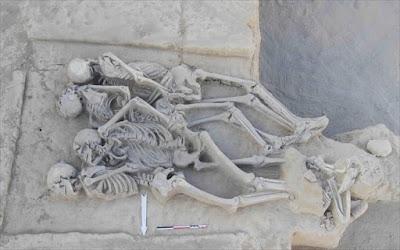 Τα μοναδικά ευρήματα των ανασκαφών του Φαλήρου «αποκαλύπτουν» τα μυστικά τους