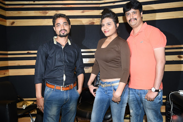 1. Mayank Tiwari (Producer & Lyricists), Ritu Pathak (Singer)  with Abhijeet Aroon (Music Director) during song recording CRAZY BALAM KPP_2368