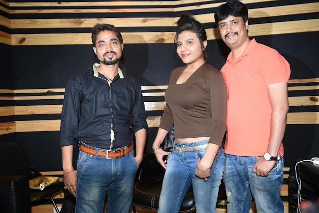 1. Mayank Tiwari (Producer & Lyricists), Ritu Pathak (Singer)  with Abhijeet Aroon (Music Director) during song recording CRAZY BALAM KPP_2368