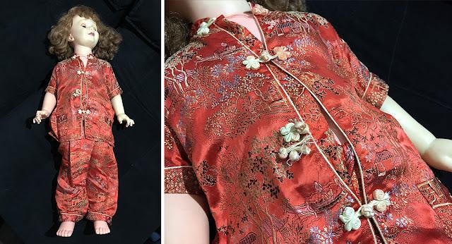 boneca amiguinha com roupa diferente para ser consertada