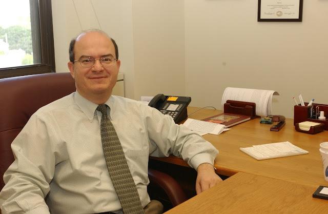 Ο Ναυπλιώτης επιστήμονας Dr. Χρήστος Μαντζώρος λαμβάνει όλα τα κορυφαία βραβεία στην ενδοκρινολογία και τον μεταβολισμό μέσα σε ένα χρόνο